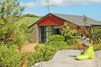Pohutakawa Retreat offer Residential