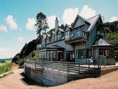 WAIHEKE PONDEROSA - AWAAWAROA offer Residential