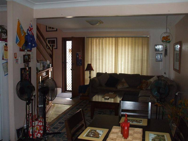 HURRY GREAT INVESTMENT!! Picture 2