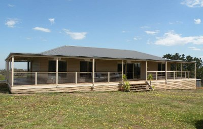 TRANQUILITY ON ESTABLISHED 20 ACRES Picture