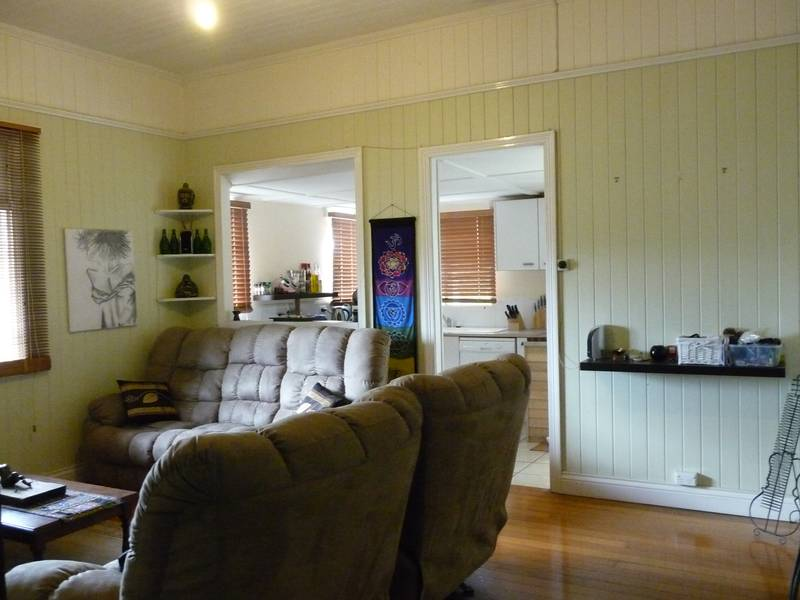 OWNERS MUST SELL, PRICE REDUCED TO $379,000!! Picture 3
