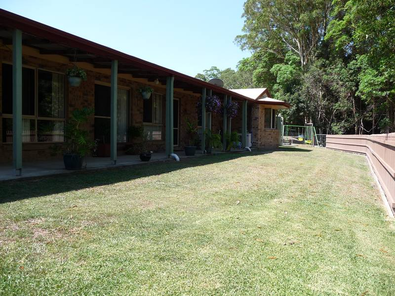Huge on Value, Rural Retreat for the Extended Family Picture 1