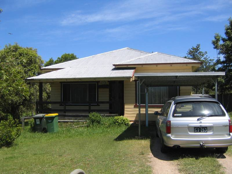 Available 1st April Rare opportunity Clarence Town Picture 1
