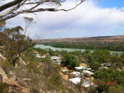 Younghusband Caravan Park Picture