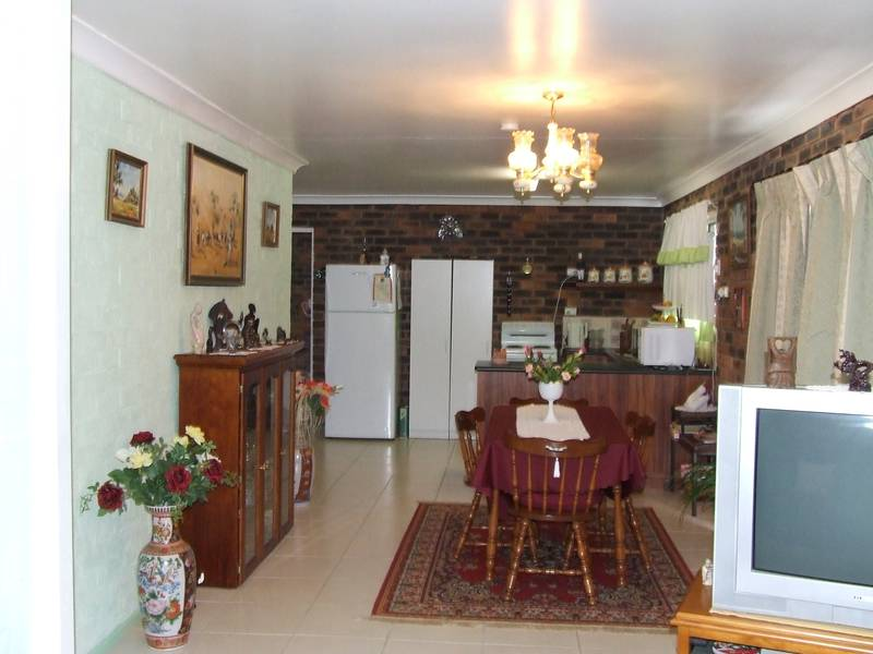 2 Bedroom, Double Brick at Walterhall Picture 3