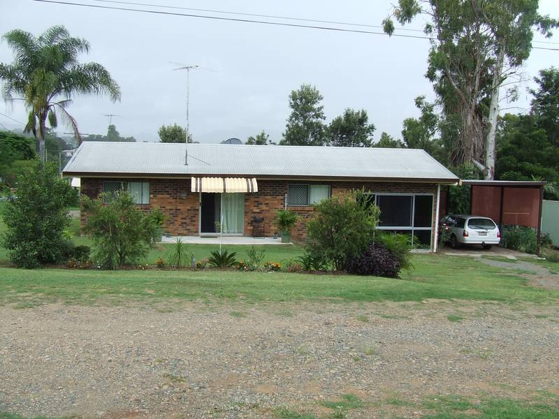 2 Bedroom, Double Brick at Walterhall Picture 1