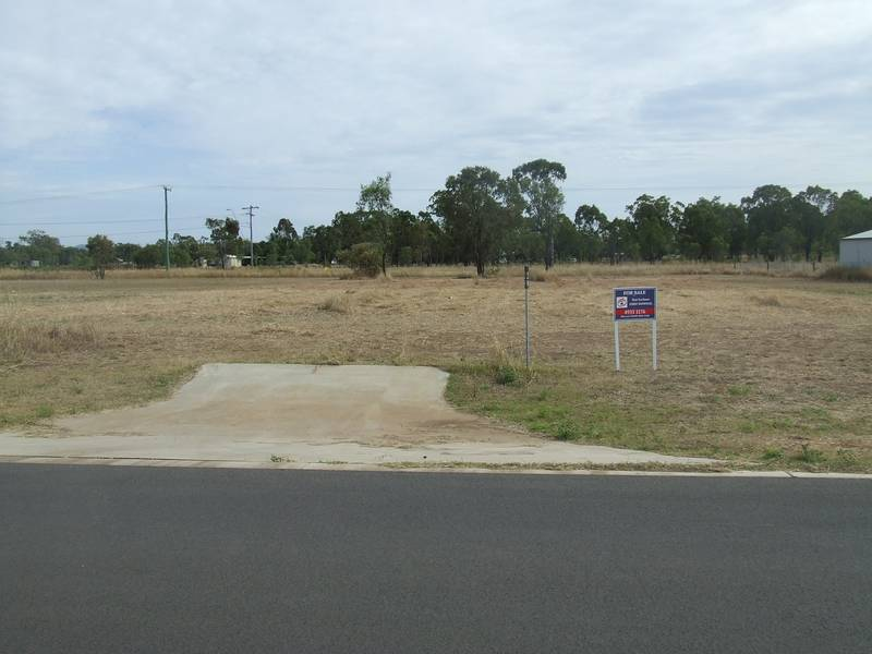 Approx 1 Acre in Gracemere Picture 1