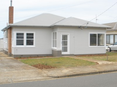COMPLETELY RENOVATED 3 BEDROOM HOME Picture
