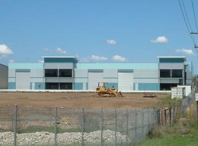 Modern Factory Unit - Convenient Location Picture