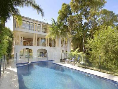 Luxurious contemporary masterpiece offer Residential