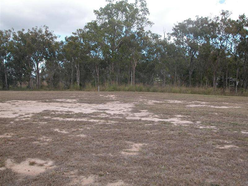 READY TO BUILD ON NOW- 1 ACRE CLOSE TO TOWN! Picture 3