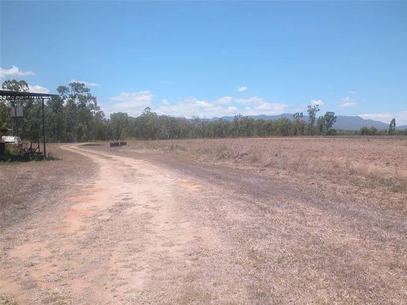 MALONE ROAD FARM !!!! Picture 3