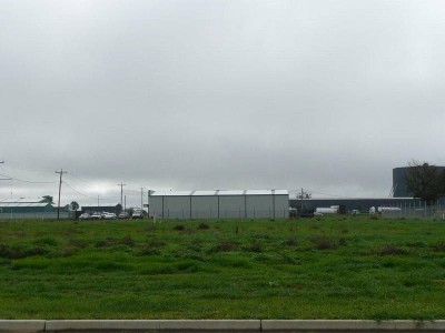 INDUSTRIAL LAND FOR SALE Picture