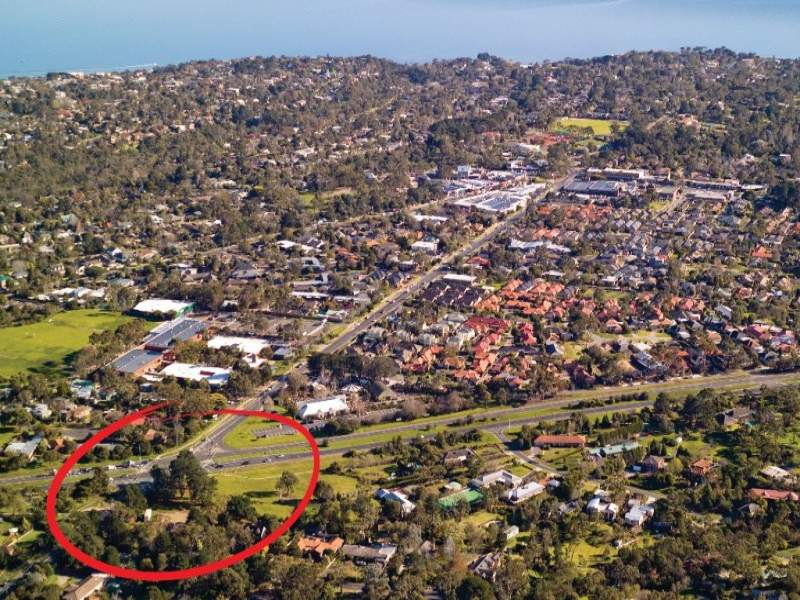 SUBSTANTIAL NEPEAN HIGHWAY DEVELOPMENT SITE Picture 2