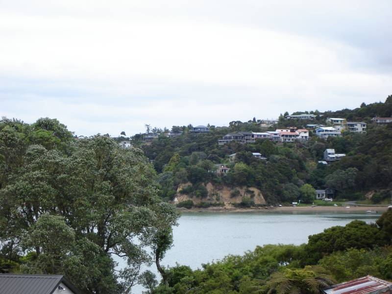 WATER VIEWS - EASY BUILD SITE -RUSSELL BAY OF ISLANDS Picture 2